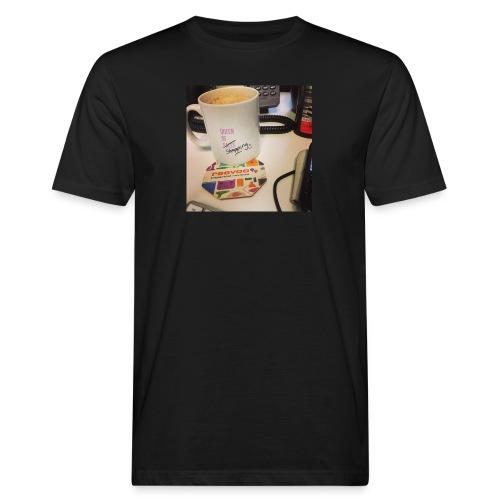 Queen of Shopping Muggins - Men's Organic T-Shirt