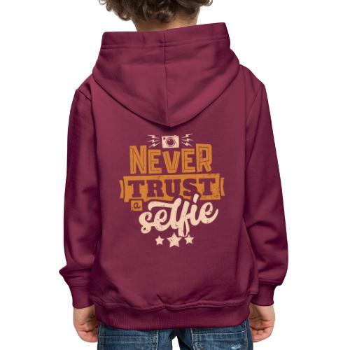 Never trust - Premium-Luvtröja barn