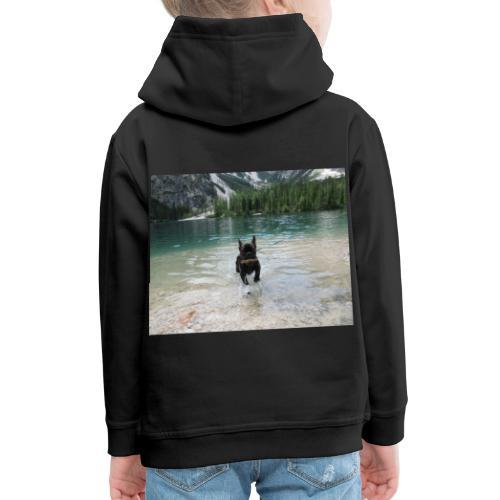 Hund spielt im Wasser - Kinder Premium Hoodie
