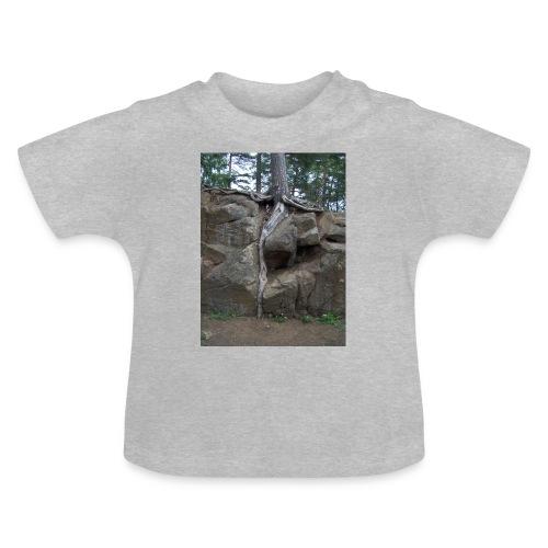 Juuret tukevasti maassa - Vauvan t-paita