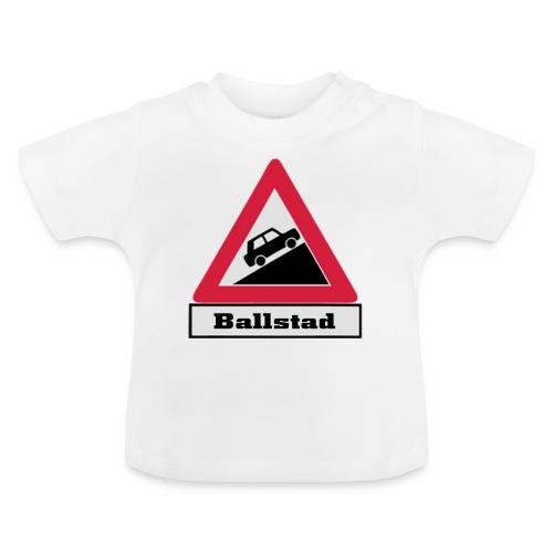 brattv ballstad a png - Baby-T-skjorte