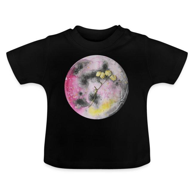 Akwarelowy księżyc w pełni z suszonymi kwiatami