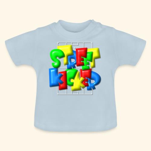 Streek Kicker im Fußballfeld - Balloon-Style - Baby T-Shirt