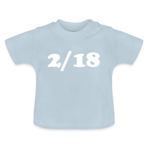 2/18 - Vauvan t-paita