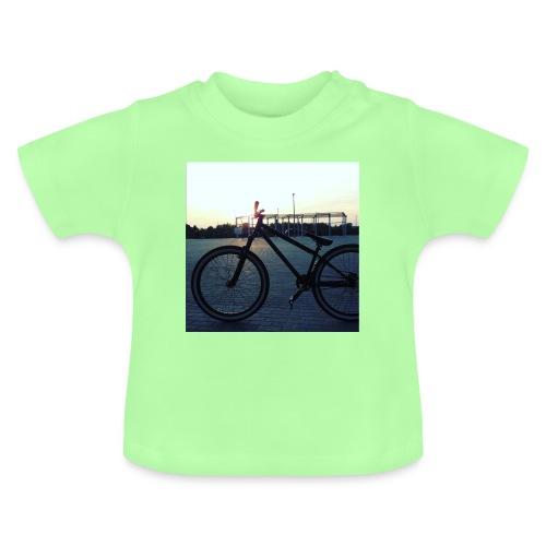 Motyw 2 - Koszulka niemowlęca