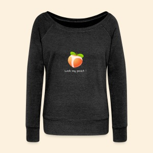 Look my peach in white - Women's Boat Neck Long Sleeve Top