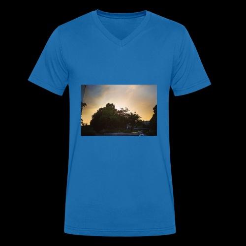 Sonnenstrahlen - Männer Bio-T-Shirt mit V-Ausschnitt von Stanley & Stella