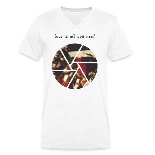 Love is all you need - Männer Bio-T-Shirt mit V-Ausschnitt von Stanley & Stella