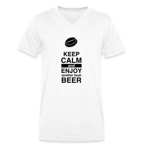 Keep calm and enjoy local beer - Männer Bio-T-Shirt mit V-Ausschnitt von Stanley & Stella