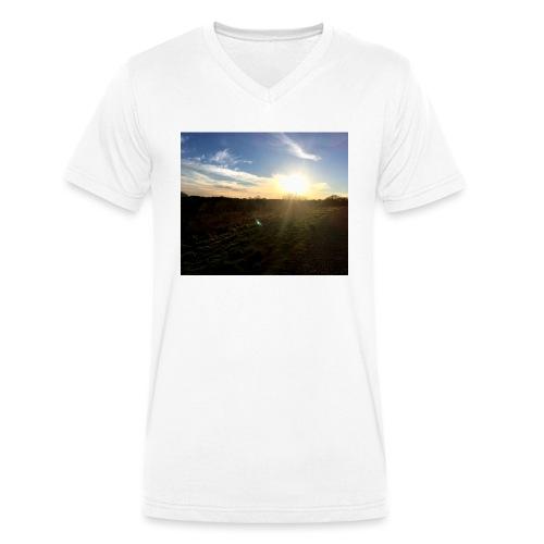 Image - Men's Organic V-Neck T-Shirt by Stanley & Stella