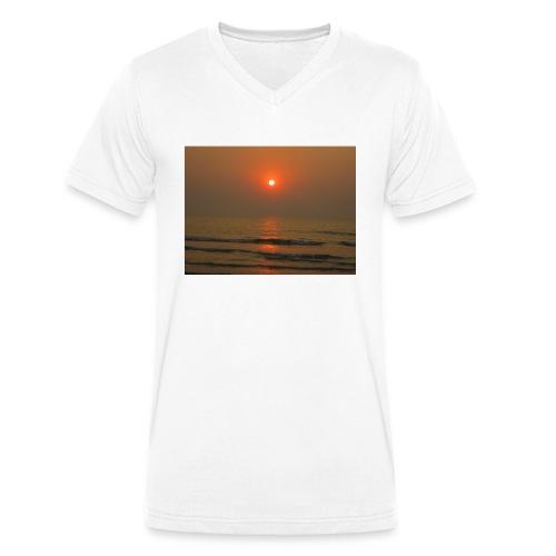 IMG 0729 - Men's Organic V-Neck T-Shirt by Stanley & Stella