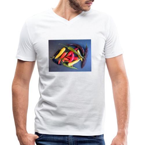 Chili bunt - Männer Bio-T-Shirt mit V-Ausschnitt von Stanley & Stella