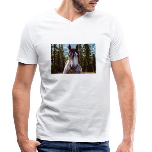 Nature Horse by #CreativeArts - Männer Bio-T-Shirt mit V-Ausschnitt von Stanley & Stella