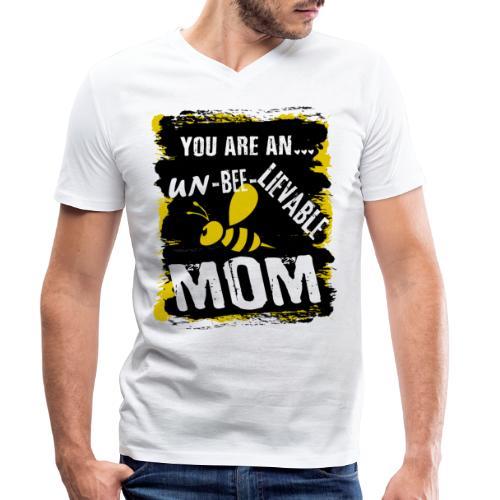 you are an... un-BEE-Lievable mom - Männer Bio-T-Shirt mit V-Ausschnitt von Stanley & Stella