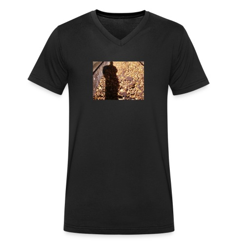 THE GREEN MAN IS MADE OF AUTUMN LEAVES - Men's Organic V-Neck T-Shirt by Stanley & Stella