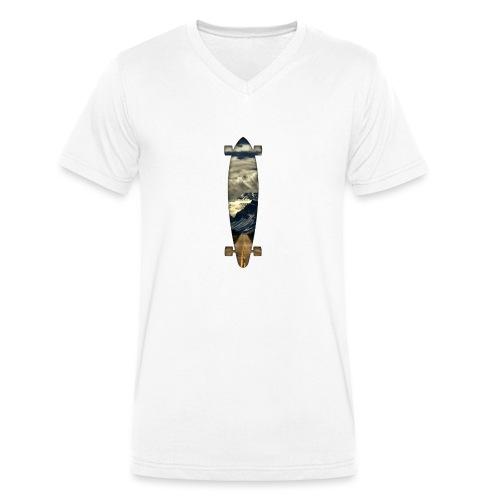 Longboard. Ride the World. - Männer Bio-T-Shirt mit V-Ausschnitt von Stanley & Stella