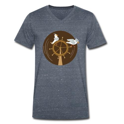 Freche Möwen spielen auf Steuerrad eines Schiffes - Männer Bio-T-Shirt mit V-Ausschnitt von Stanley & Stella