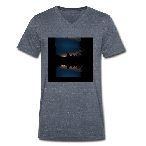 Gott ist gut - Sonnenhorizont Spiegelung Berliner - Männer Bio-T-Shirt mit V-Ausschnitt von Stanley & Stella