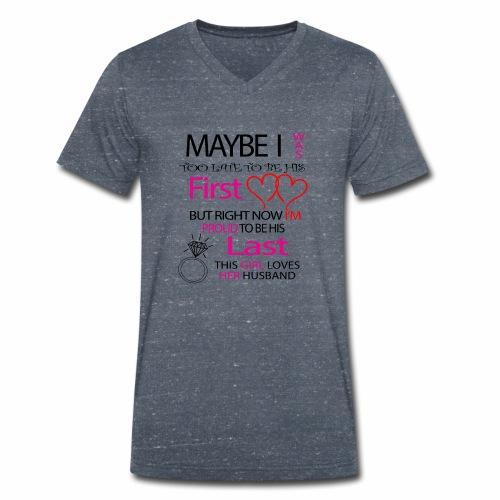 Ich liebe meinen Mann - Geschenkidee - Men's Organic V-Neck T-Shirt by Stanley & Stella