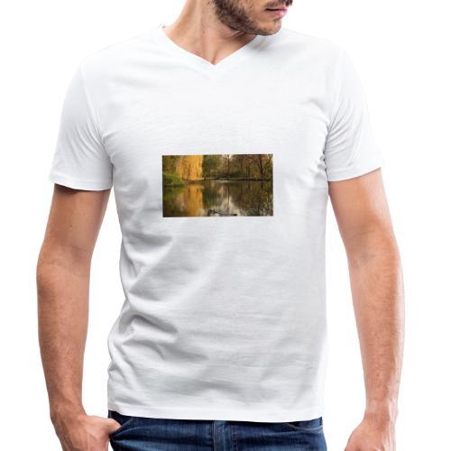 The Wood of forgotten Dreams - Männer Bio-T-Shirt mit V-Ausschnitt von Stanley & Stella
