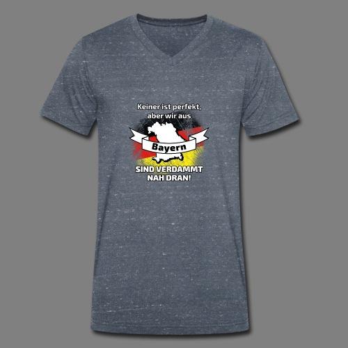 Perfekt Bayern - Männer Bio-T-Shirt mit V-Ausschnitt von Stanley & Stella