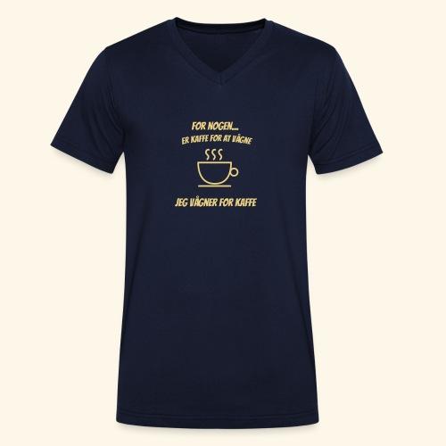 Jeg vågner for kaffe - Økologisk Stanley & Stella T-shirt med V-udskæring til herrer