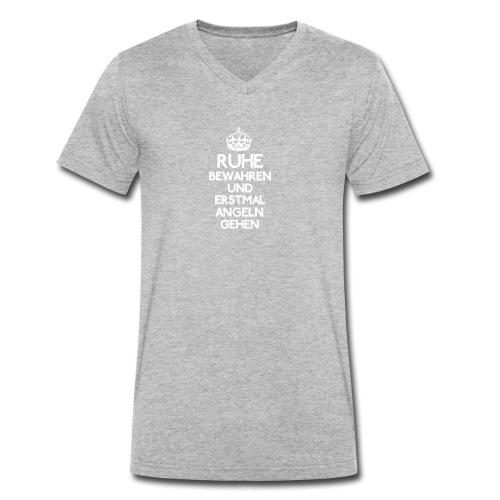 Ruhe bewahren und erstmal Angeln gehen! - Männer Bio-T-Shirt mit V-Ausschnitt von Stanley & Stella