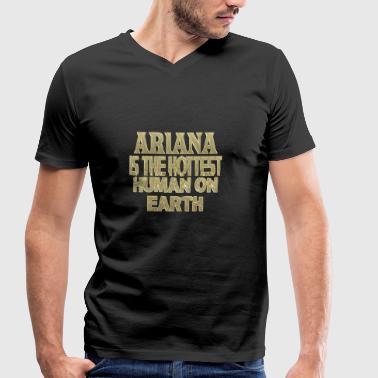 Ariana - Økologisk T-skjorte med V-hals for menn fra Stanley & Stella