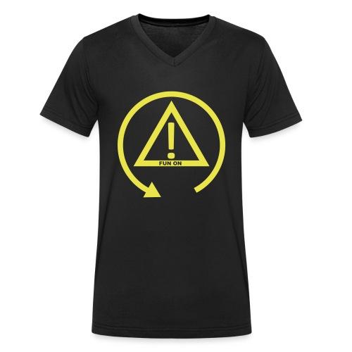 FUN ON - DSC OFF - Männer Bio-T-Shirt mit V-Ausschnitt von Stanley & Stella