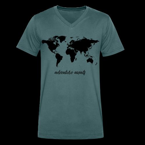 adventure awaits - Weltkarte - Männer Bio-T-Shirt mit V-Ausschnitt von Stanley & Stella