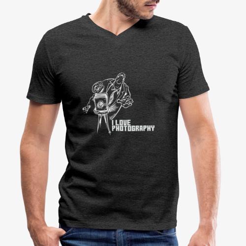 Photography 008 - Camiseta ecológica hombre con cuello de pico de Stanley & Stella
