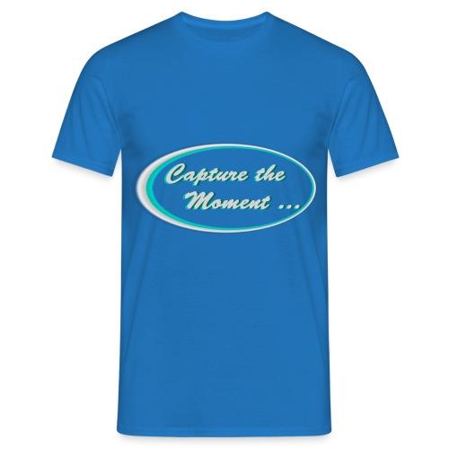 Logo capture the moment photography slogan - Men's T-Shirt