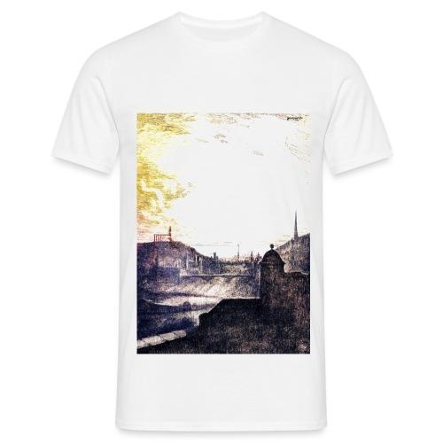 Golden Sunshine over Edinburgh Castle - Men's T-Shirt