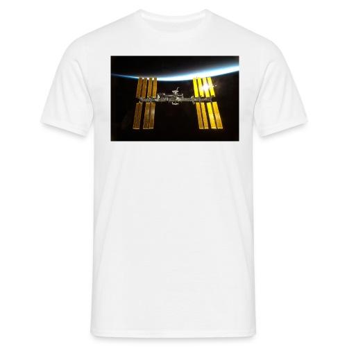 sts130 iss2 l - Männer T-Shirt