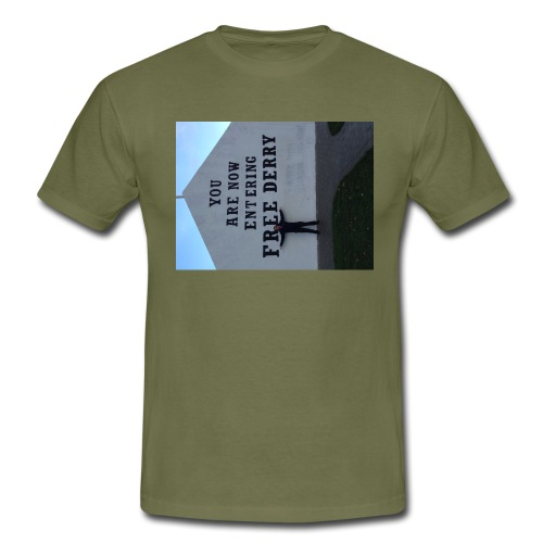 free derry - Men's T-Shirt