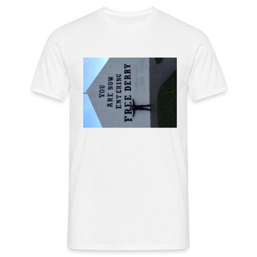 free derry - Men's T-Shirt