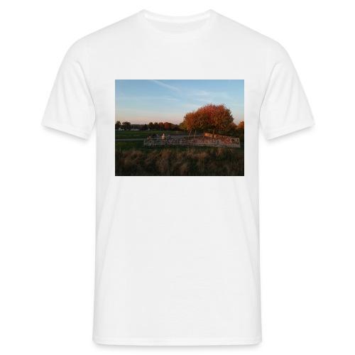DJI 0135 - Männer T-Shirt