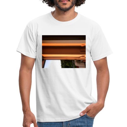 Sonnenstrahlen - Männer T-Shirt