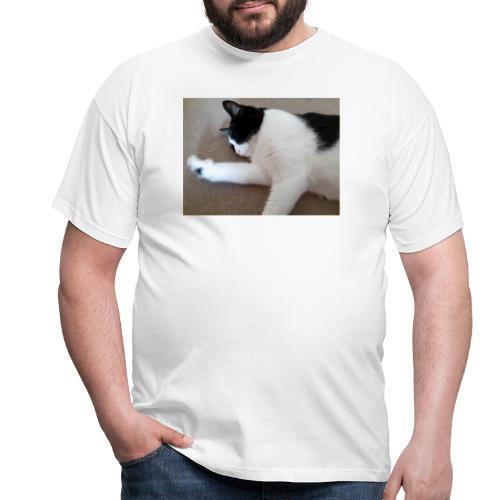 Chill like a cat! - Men's T-Shirt