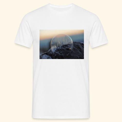 694B9D49 C488 4DC5 8577 C99712919F5E - Männer T-Shirt