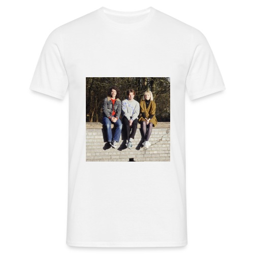 land girls sitting - Men's T-Shirt