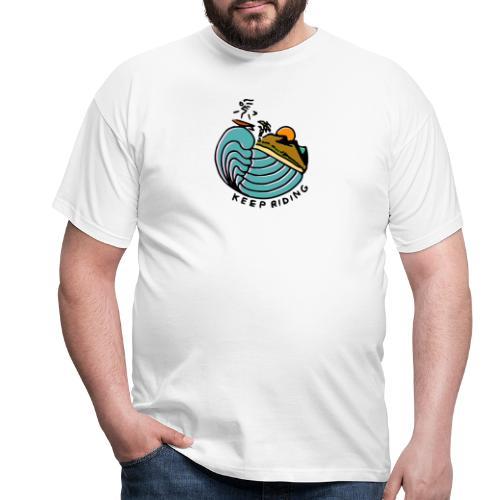 Surfer im Sonnenuntergang - Männer T-Shirt
