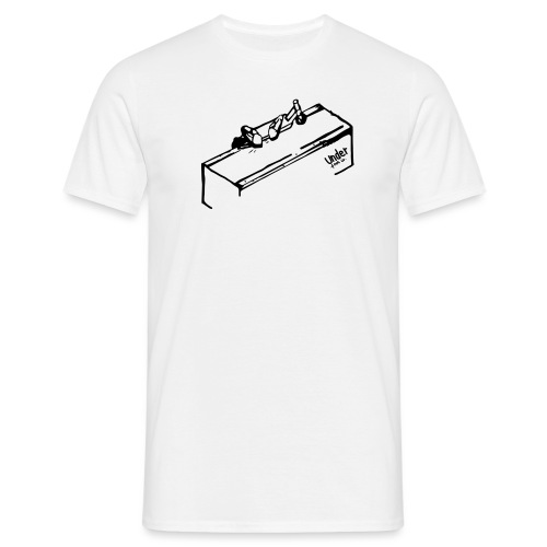 underfoot co tee design with logo png - Men's T-Shirt