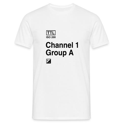 Channel 1 Group A - Strobist - Männer T-Shirt