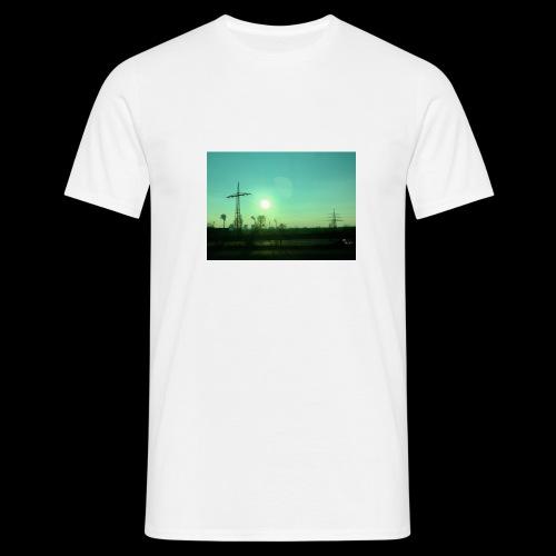 pollution - Mannen T-shirt
