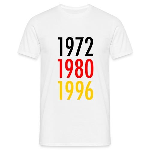 em front 1972 1980 1996 png - Männer T-Shirt