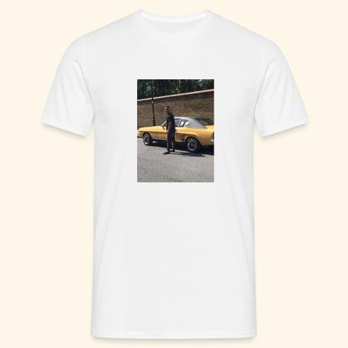 19691433 10213795828280628 1126031919 n - Men's T-Shirt