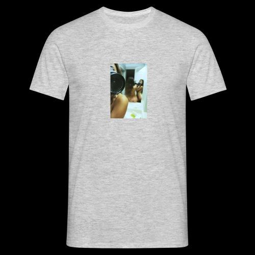 Caviar design presenting Eva - Männer T-Shirt