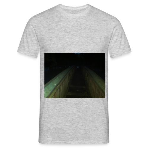 Alte Holzbrücke - Männer T-Shirt