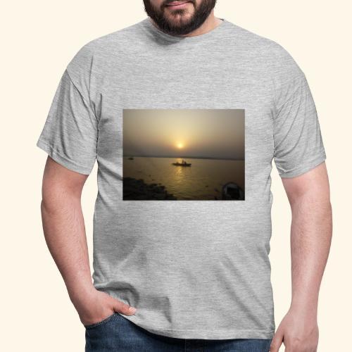 SUN Rise - Men's T-Shirt